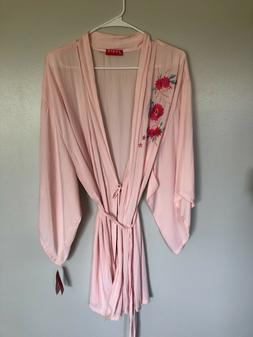 Josie Natori Boho Floral Embroidery Wrap Robe, Light Pink La