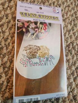 FLORAL PERLE EDGE DRESSER SCARF stamped embroidery FAIRWAY N